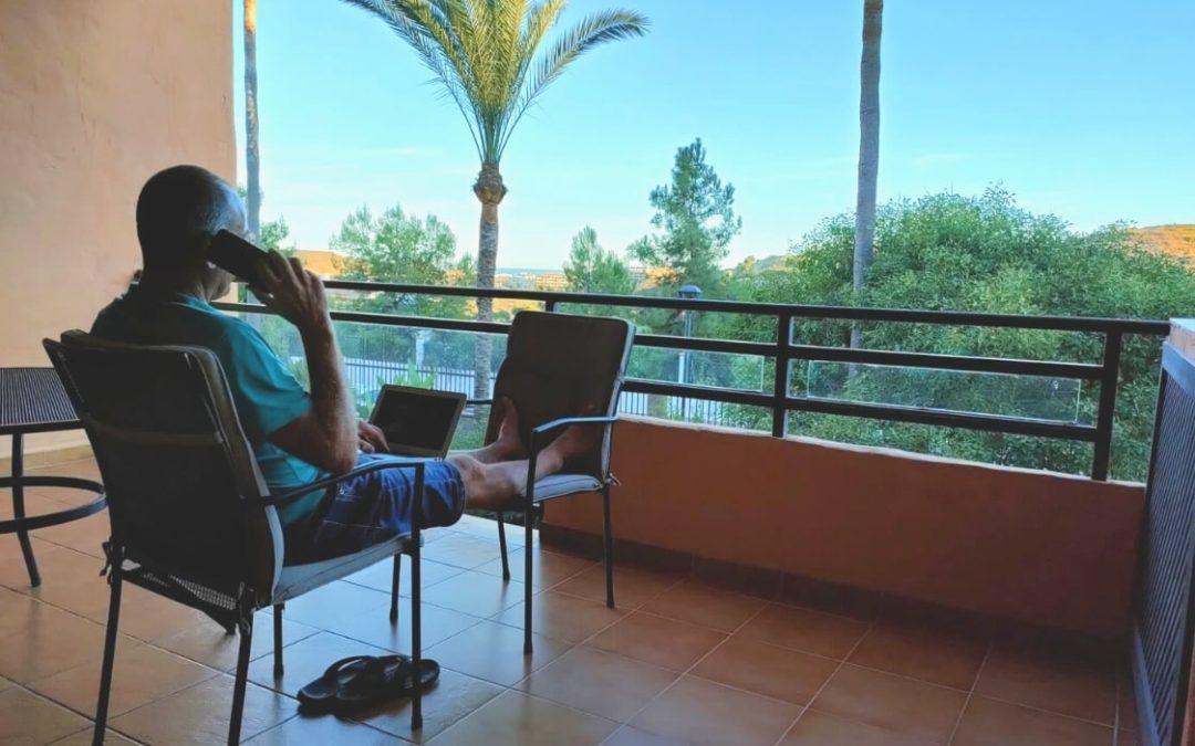 5 redenen waarom thuiswerken vanuit het buitenland echt iets voor jou is